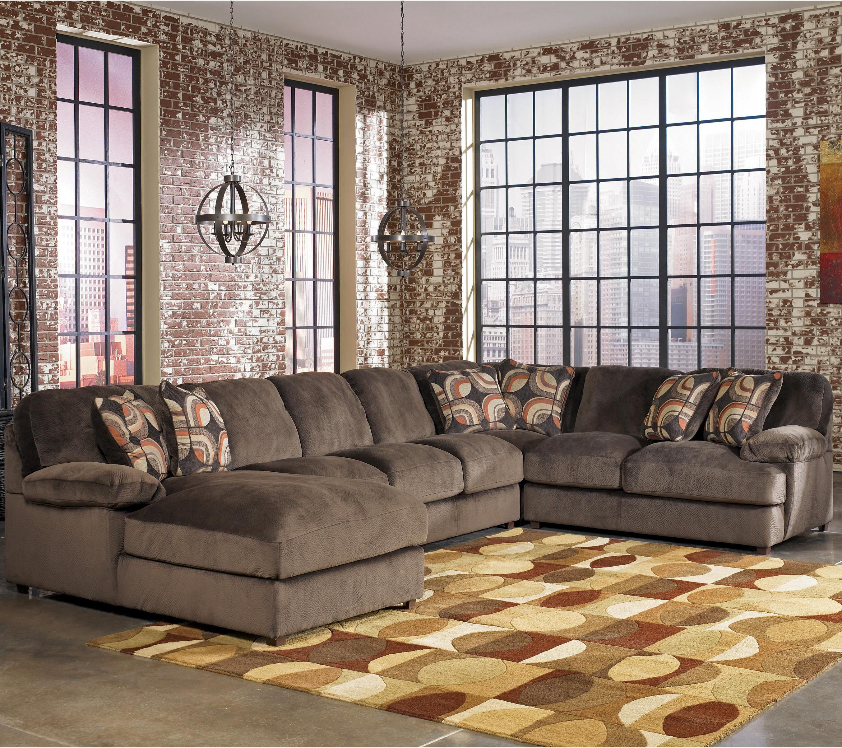 Levitz Furniture Truscotti SEctional $1927