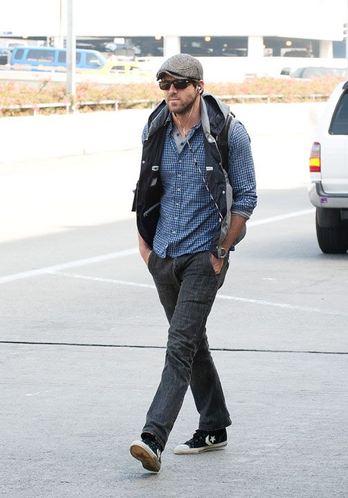 Ryan Reynolds In Converse By John Varvatos Star Player Sneakers La Mode  Masculine, Mode Homme 715675f430d