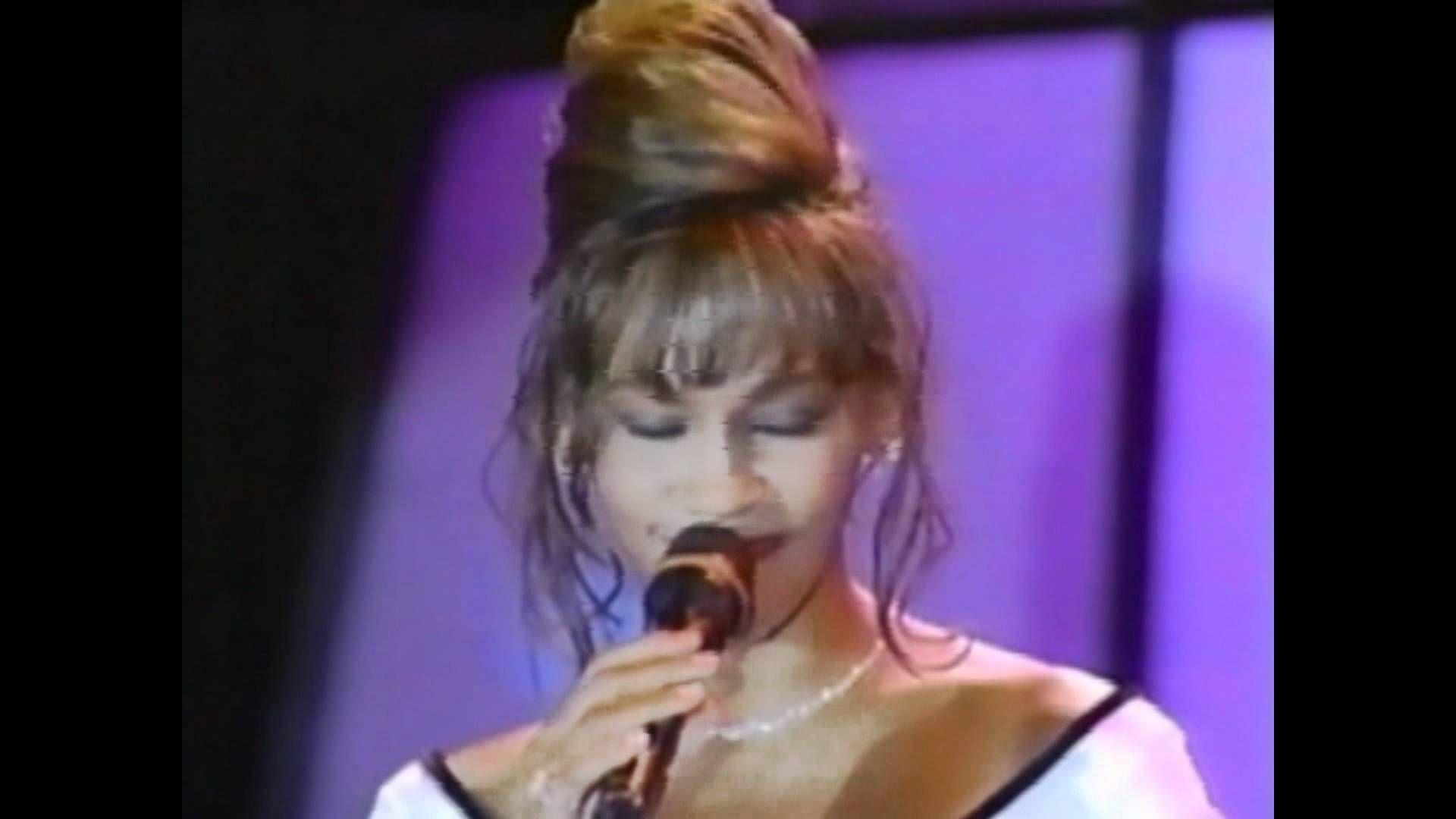 Whitney Houston I Will Always Love You live World Music Awards