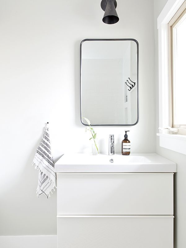 This Bathroom Makeover Is a Lesson in Small-Space Design \u2014 MyDomaine