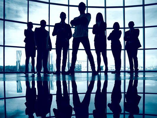 Participa de los cursos gratuitos dictados por la UNAM y desarrolla al máximo tus habilidades en la dirección de organizaciones y personas.