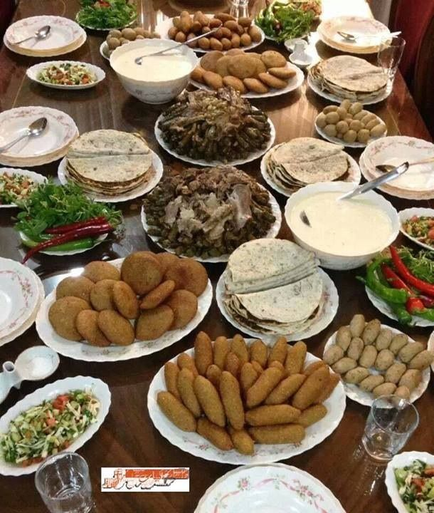 Lunch Time In Aleppo Syrian Food Halal Recipes Arabic Food