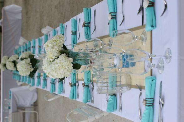Blue And Beachy Decor : Wedding Beach Centerpiec Table Linens Table Runner  Vases Custom Napkin Rings