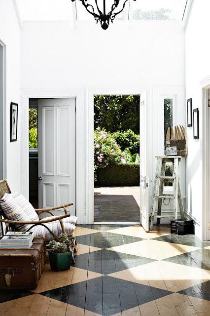 stained checker floor + white | kitchen | Maison, Parquet, Deco