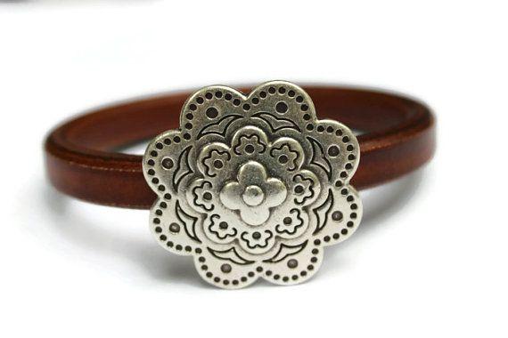 Big silver flower bracelet flower bangle mom easter gift bali big silver flower bracelet flower bangle mom easter gift bali jewelry bali birthday gift for wifegifts negle Gallery