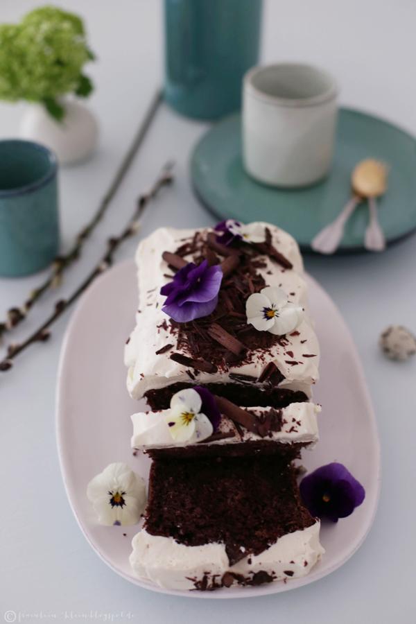 Fräulein Klein : Guinness-Schokoladenkuchen mit Irish Cream Cheese ...