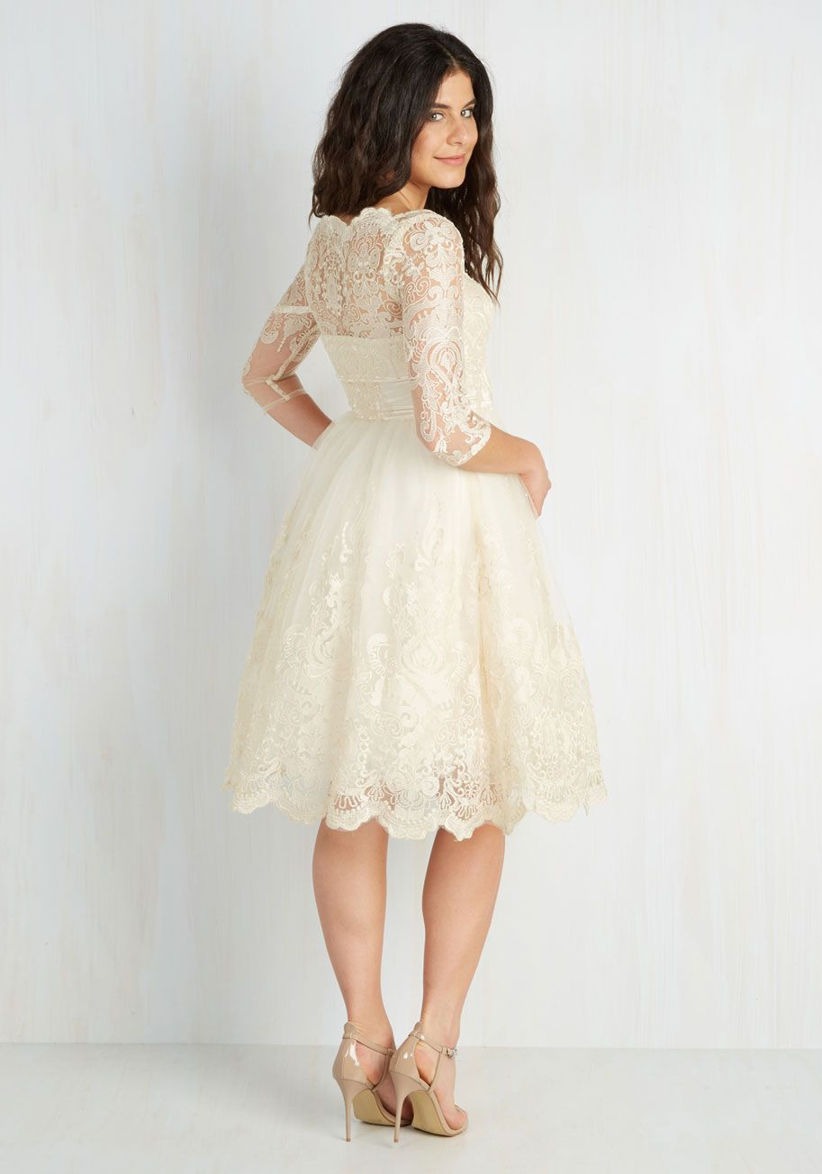 Chi Chi London Gilded Grace Lace Dress in Ivory | Standesamt ...