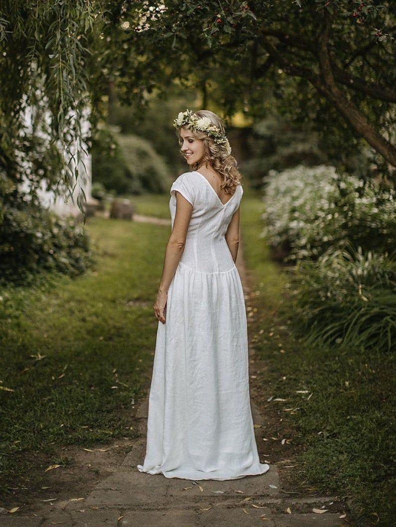 Linen Wedding Dress Simple Wedding Dress Modest Wedding Dress White Linen Dress Linen Clothing Flowy Wedding Dress Boho Clothing In 2020 Modest Wedding Dresses Linen Wedding Dress Wedding Dresses Simple [ 1056 x 794 Pixel ]