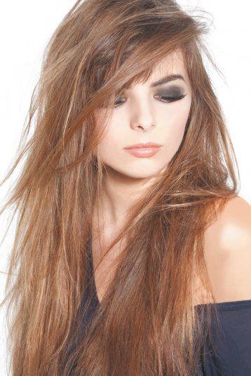 Coupe de cheveux degrade et meches