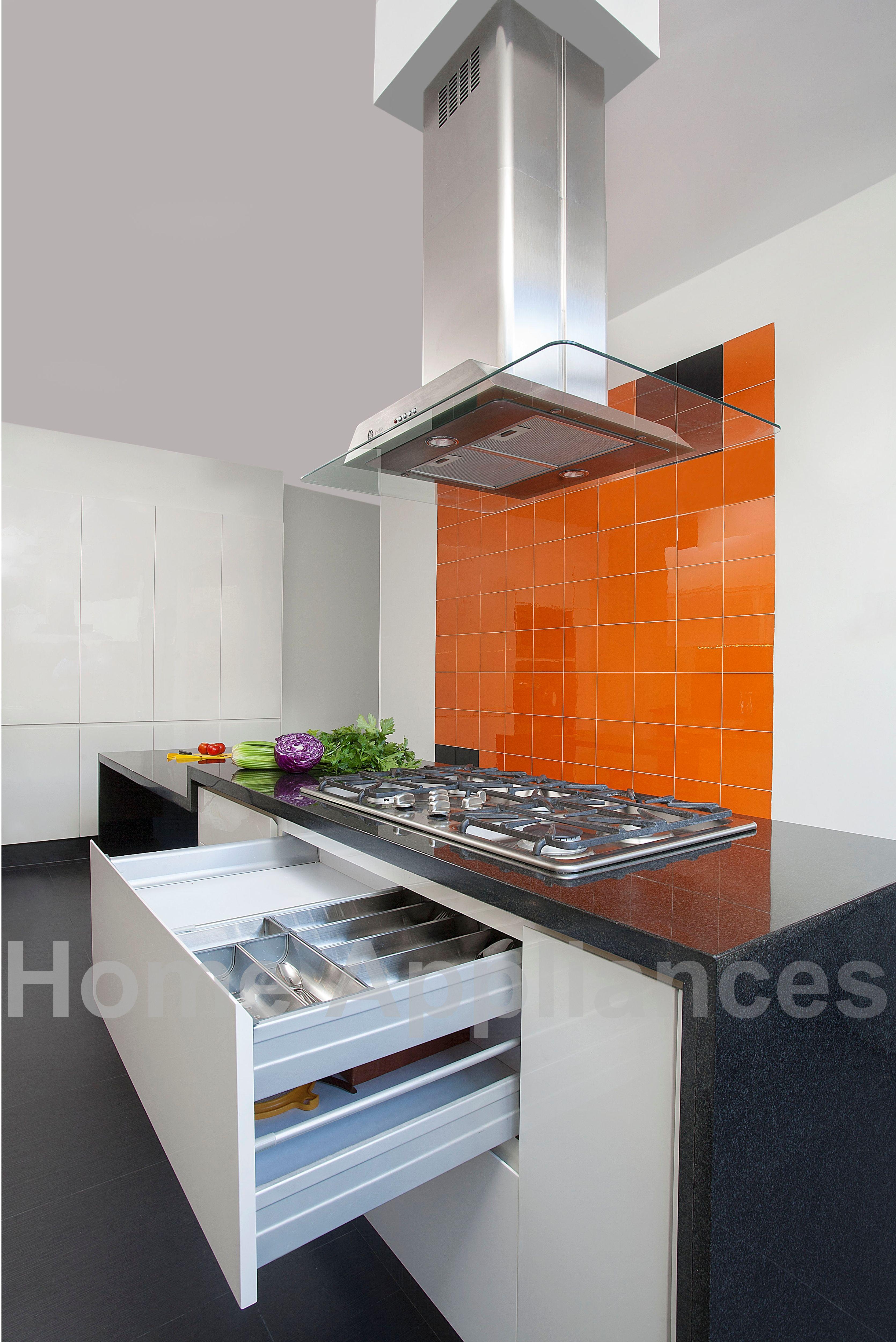 Estufa de alta gama a gas de 5 puestos y campana for Cocinas alta gama