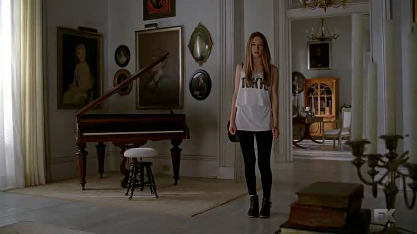 AHS Coven: LOVED the outfit and the scene!