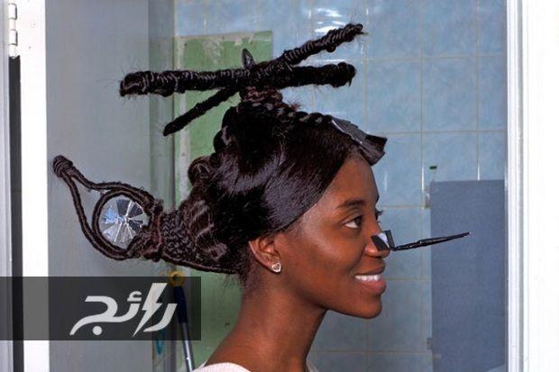 صور قصات شعر وتسريحات مجنونة أذهلت العالم في كل مكان موقع رائج Hair Humor Weird Haircuts Crazy Hair