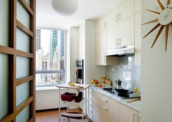 Apartment kitchen with open feeling