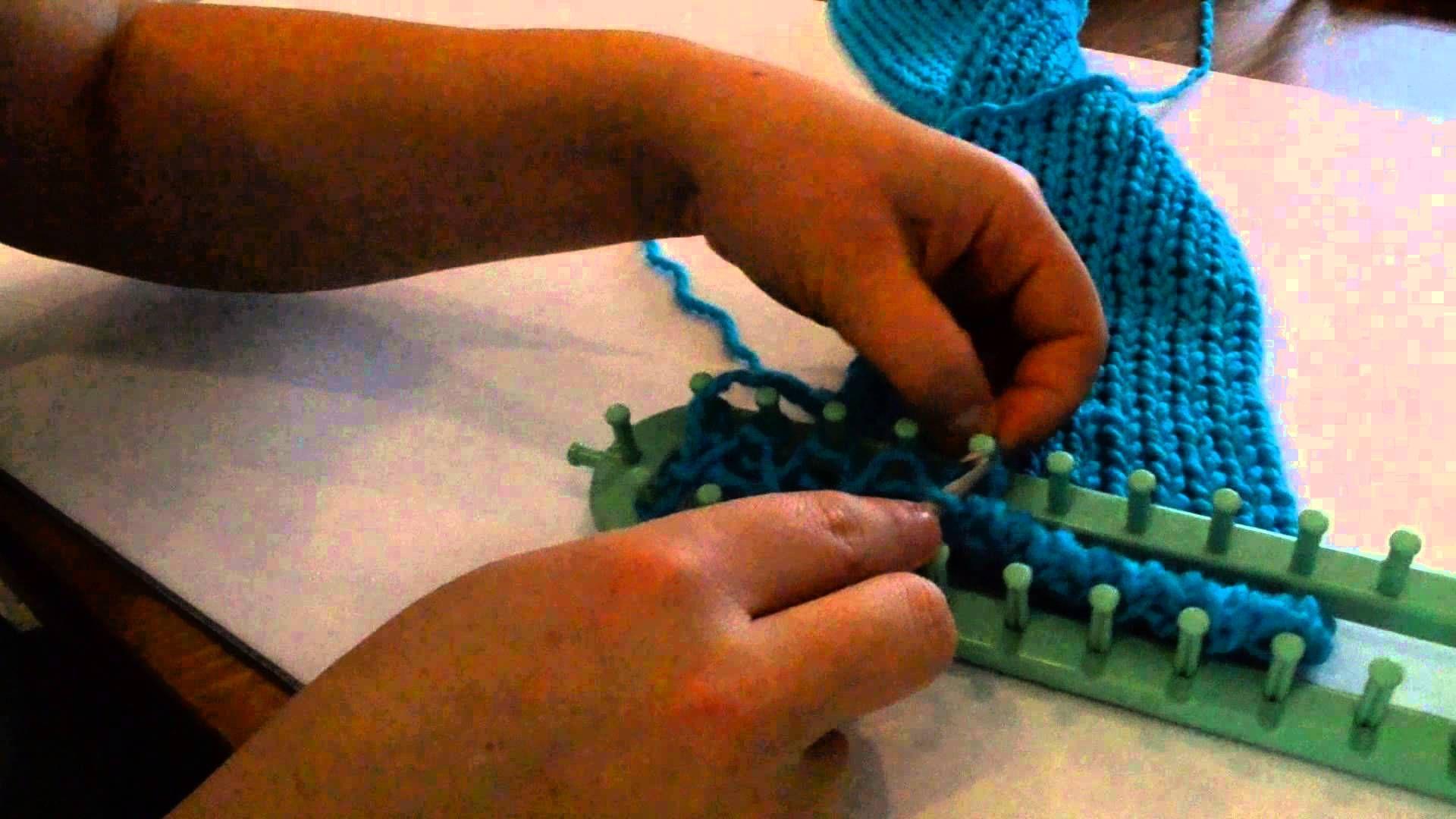 comment faire une echarpe au tricotin long en tricot double 2eme partie tricotin pinterest. Black Bedroom Furniture Sets. Home Design Ideas