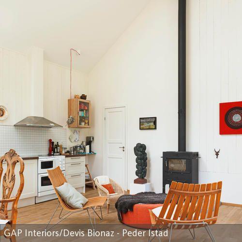 Moderne Sitzecke vor dänischem Kamin - kamin gemtlich