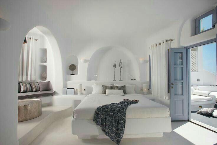 Déco grecque | Eze Village | Pinterest | Chambres, Méditerranée et ...
