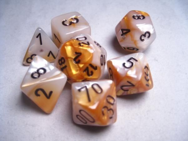 FRP GAMES - PRODUCT - Chessex RPG Dice Sets: Gemini # 5 Gold-White/Black Polyhedral 7-Die Set