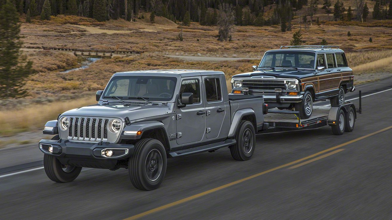 2020 Jeep Gladiator Skipped The Scrambler Name For A Reason Jeep Gladiator Pickup Trucks Jeep Pickup