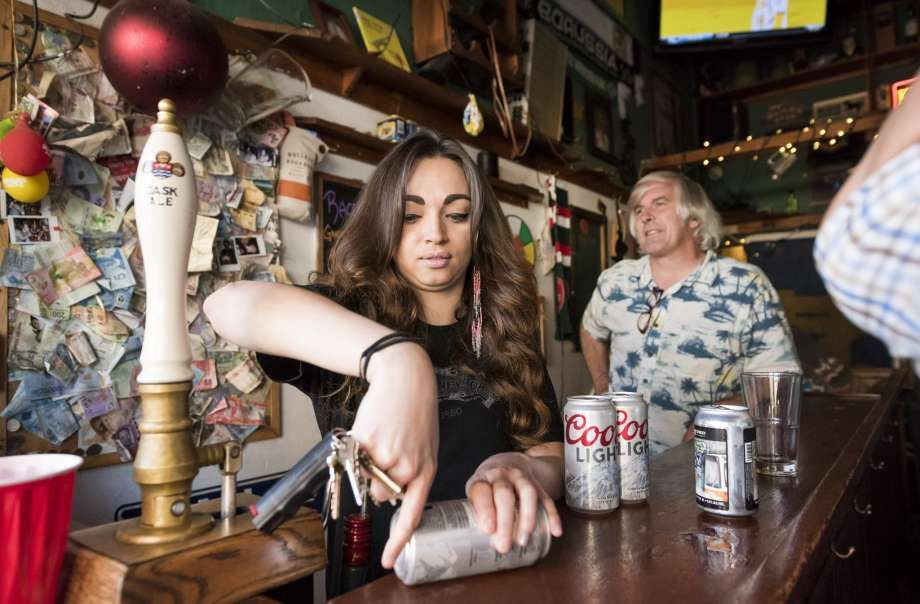 Here's what it's like working at SF's smallest bar. It