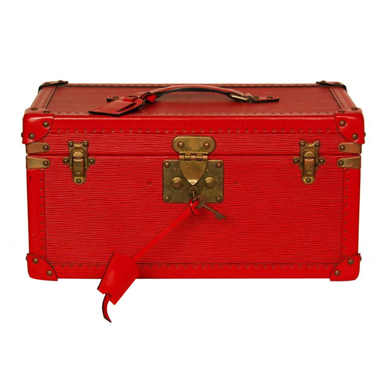 c82f415904dd LOUIS VUITTON Red Epi Leather Cosmetic Trunk W. Top Handle