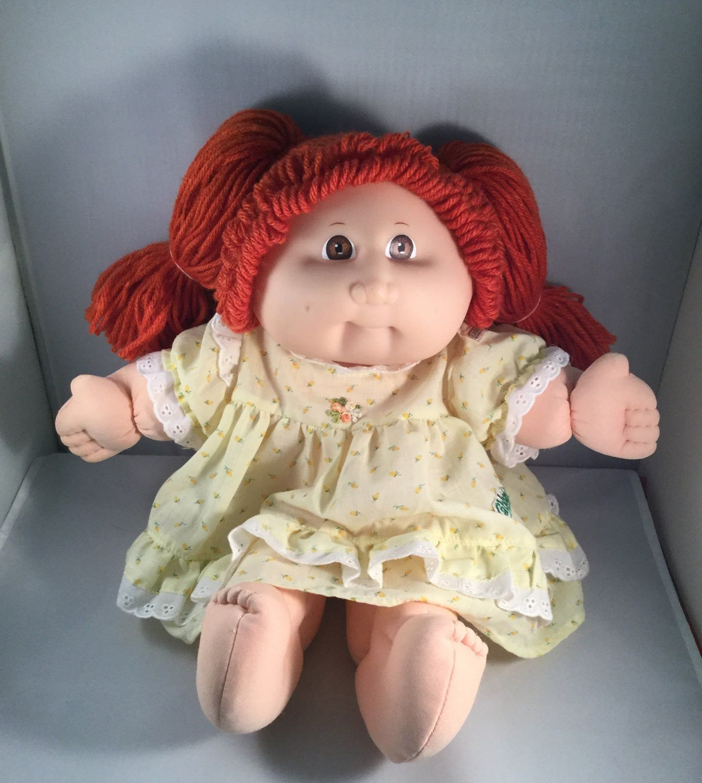 15th Anniversary Cabbage Patch Kid By Mattel Red Yarn Hair In 2 Ponytails Bown Eyes She S Clean No Stains Or Mar Cabbage Patch Kids Patch Kids Red Yarn