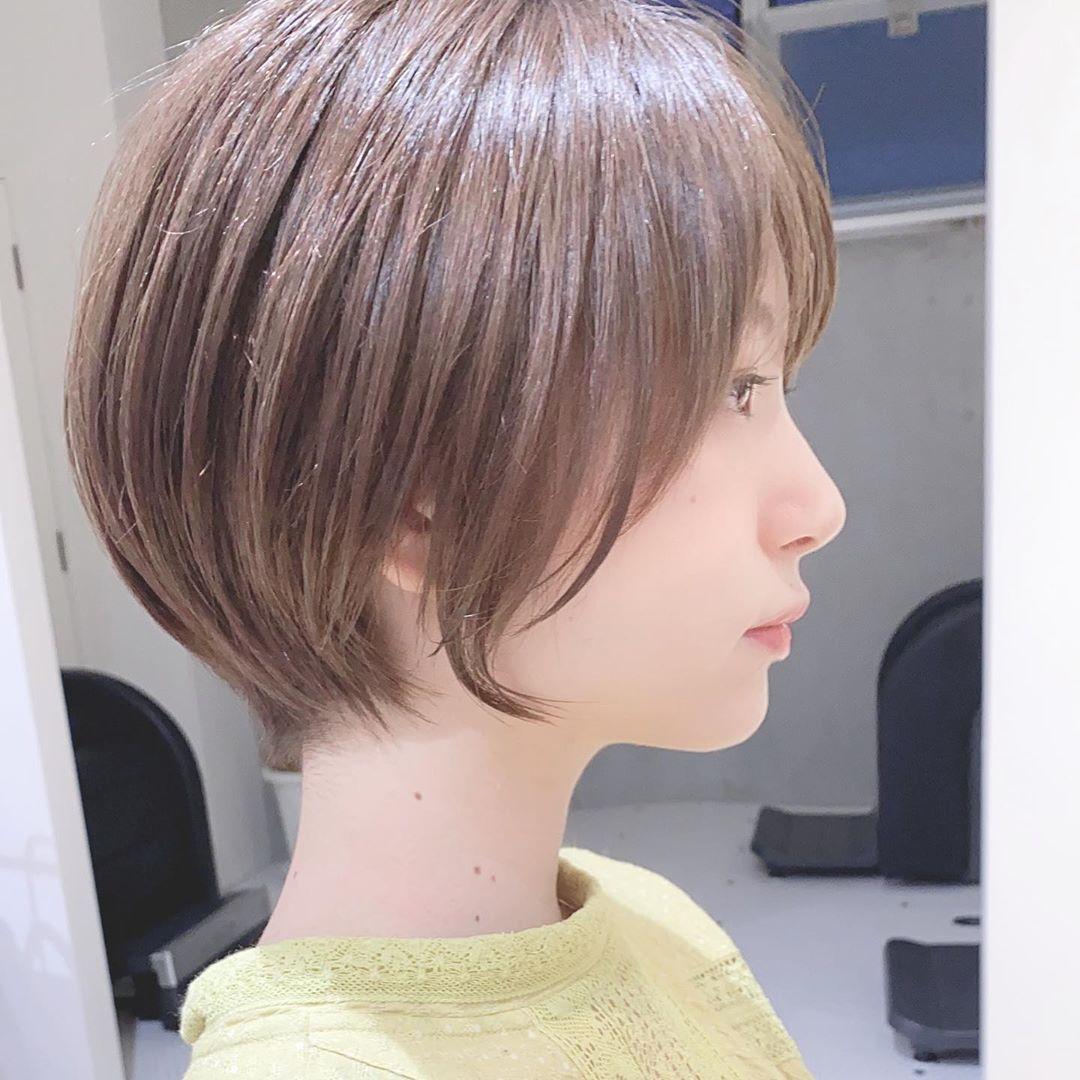 ボブヘア ショート ショートボブのおしゃれなストレートヘア!美人にも可愛いにもなれる♡おすすめの髪型