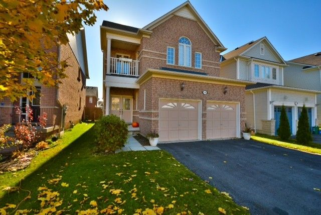 View listing details, photos and virtual tour of the Home for Sale at 19 Kenilworth Crescent, Whitby, ON at http://www.19KenilworthCrescent.GeraldLawrence.com
