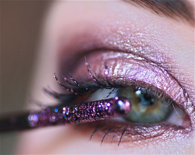 elf Glitter Mascara in Plum