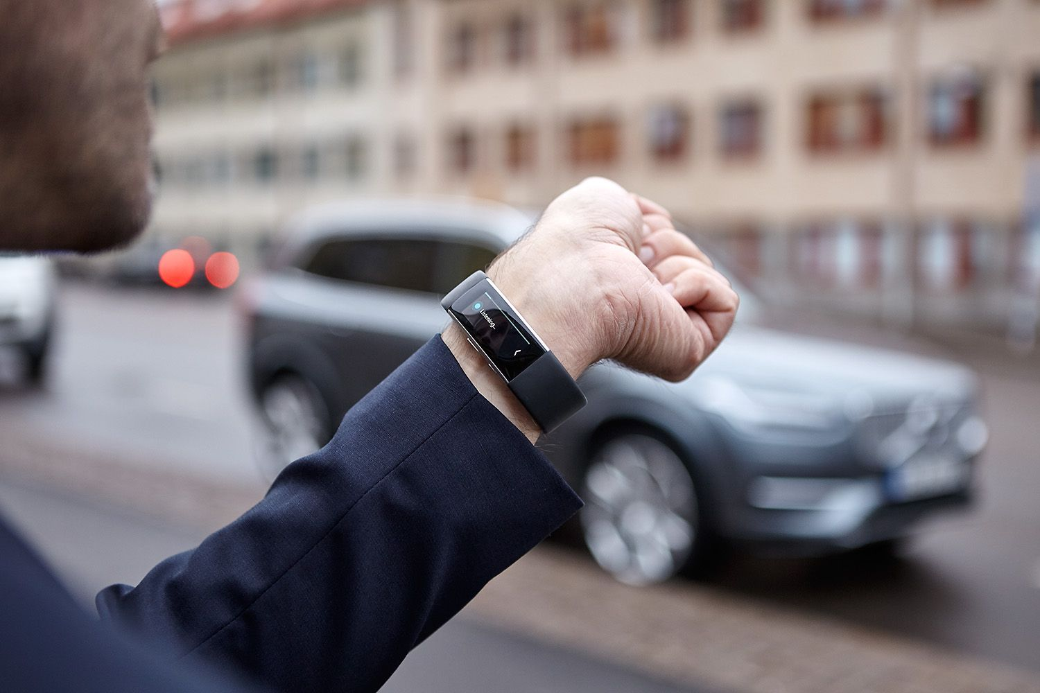 You Can Soon Talk To Your Volvo With The Microsoft Band 2
