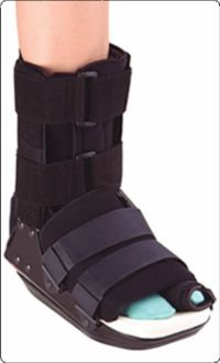 96343c9f0e You may be given a special boot or shoe after bunion surgery to protect the  foot