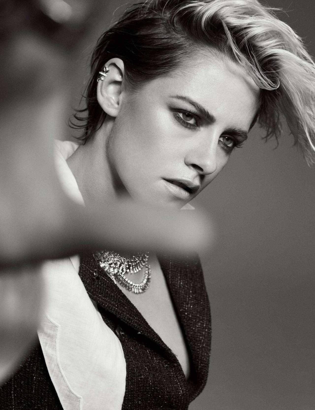 Pin by Jan on KS in 2020 Kristen stewart actress