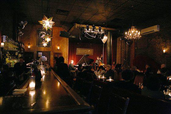 Mix of lighting. Smoke Jazz & Supper Club, New York   Jazz lounge, Jazz club,  Live music bar
