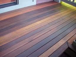 Love This Multistained Deck I Ve Thought Of Two Tone Staining The Deck Vs The Rails But This Is Way Cool Staining Deck Deck Deck Stain Colors
