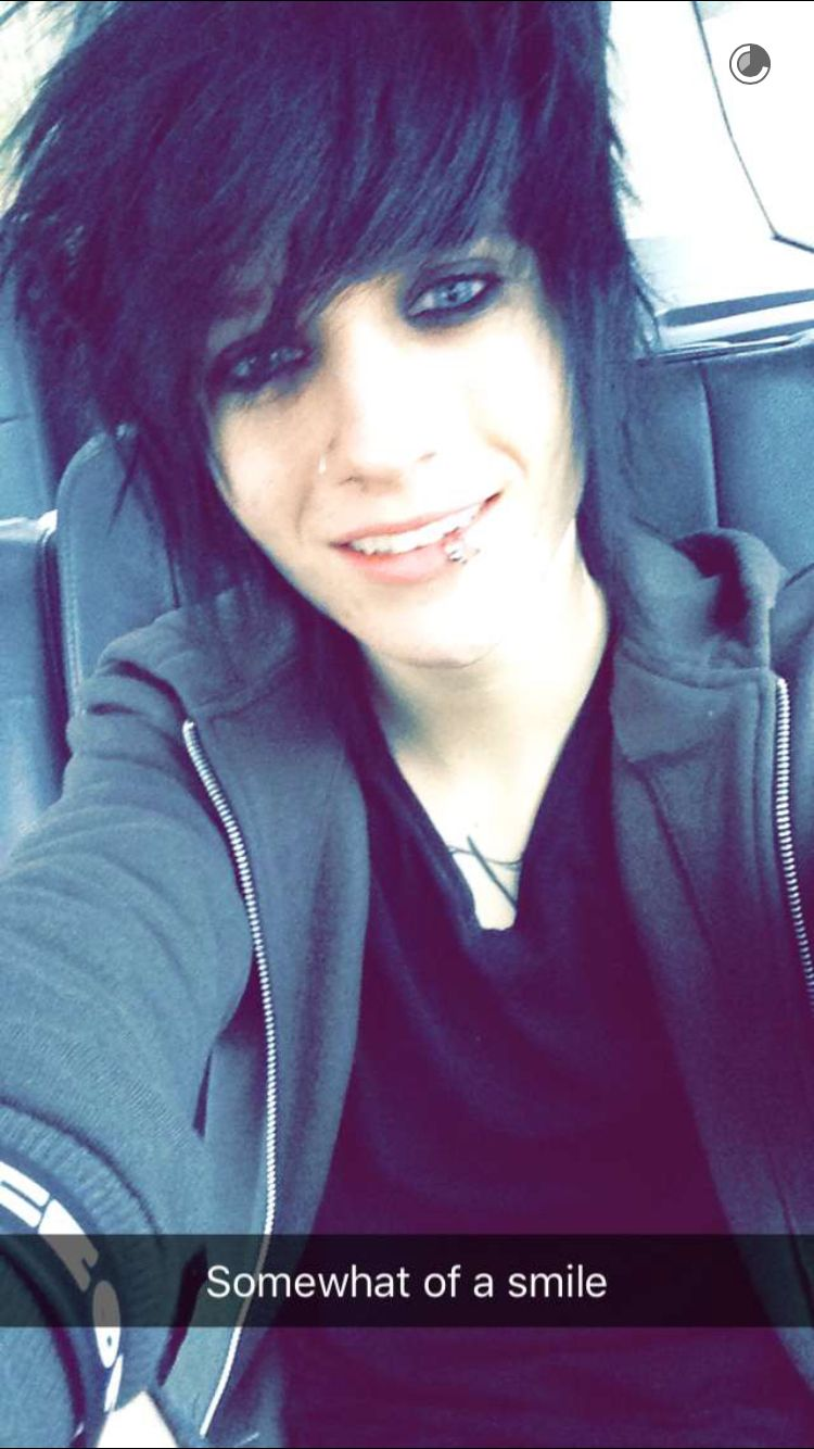 Johnnie In 2019  Cute Emo Guys, Emo Boys, Emo Guys-6470