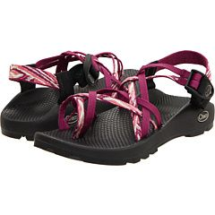 I want these Chacos!!!