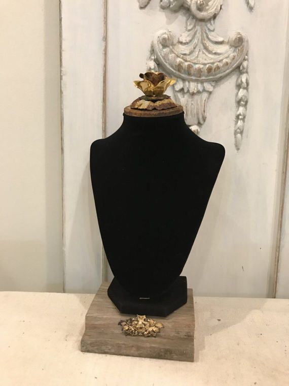 Hey, I found this really awesome Etsy listing at https://www.etsy.com/listing/504456742/black-velvet-bust-with-vintage-gold-lamp