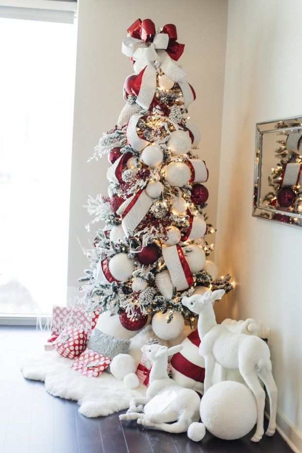how to create your own winter wonderland how to decorate a christmas tree 101 flocked christmas tree the everyday hostess red and white christmas - White Christmas Tree With Red Decorations