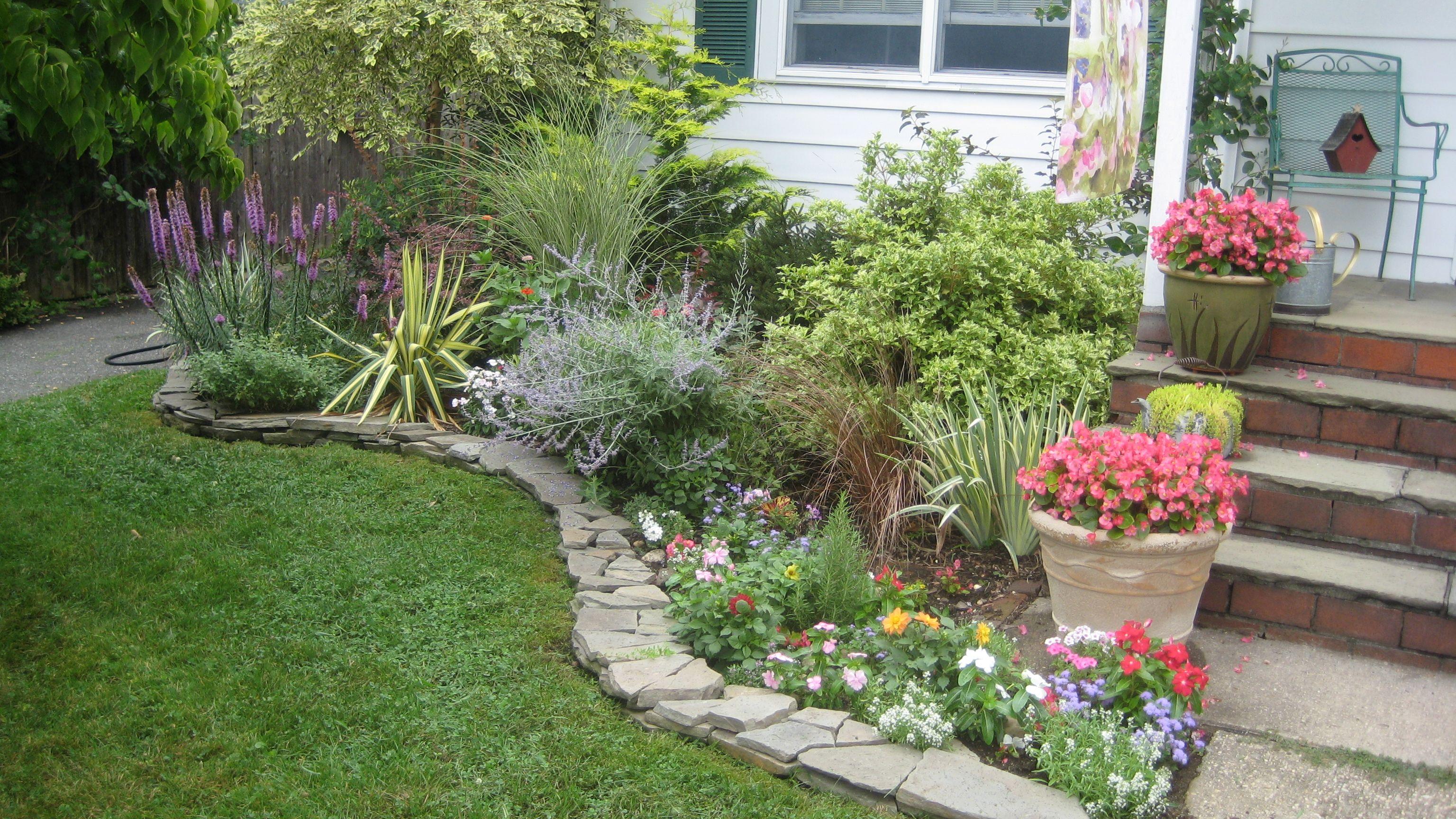 Stacked Stone Garden Edging - Garden Inspiration