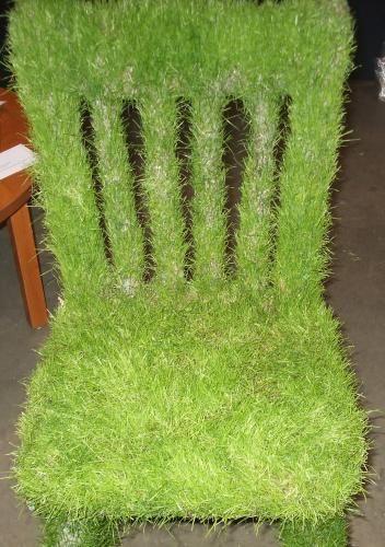 Circulartesano: Poltronas e Cadeiras cobertas com grama (Grass Chair)