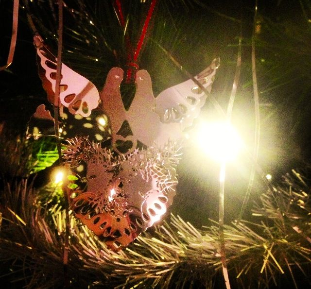 Turtle doves, Corby | Christmas ornaments, Holiday decor ...