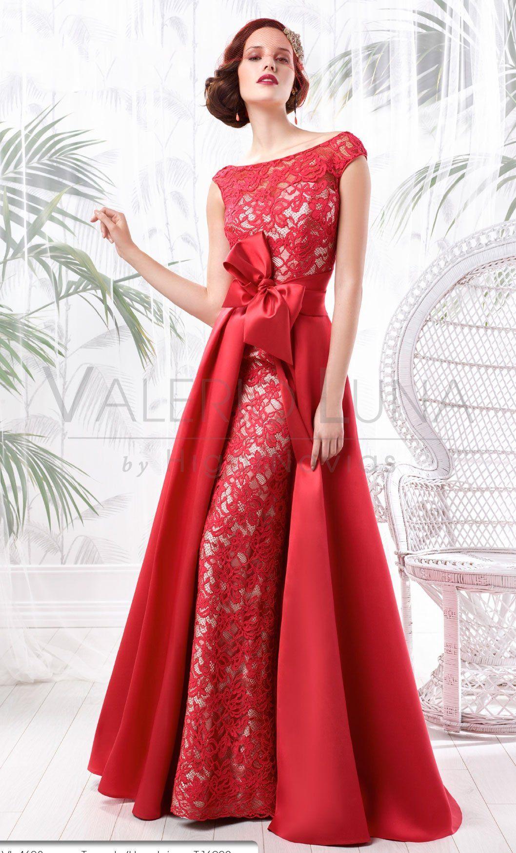 Batik dress for wedding party  Espectacular Valerio Luna  dresss  Pinterest  Gowns Batik muslim