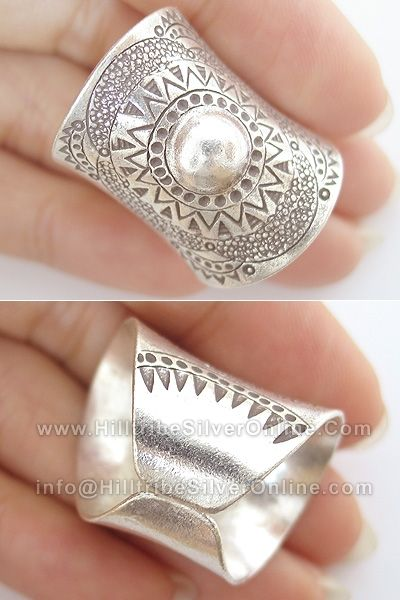beautiful handmade ring! this would make a gorgeous wedding band in a slightly narrower width.