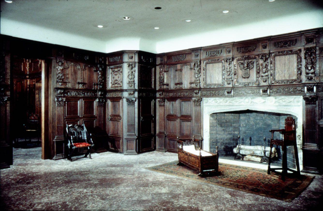 elizabethan interior