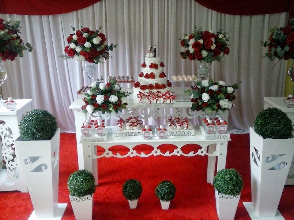 Resultado de imagem para decoraç u00e3o casamento vermelho e branco moveis& decoraç u00e3o em 2019  -> Decoração De Casamento Simples Com Tnt Vermelho E Branco