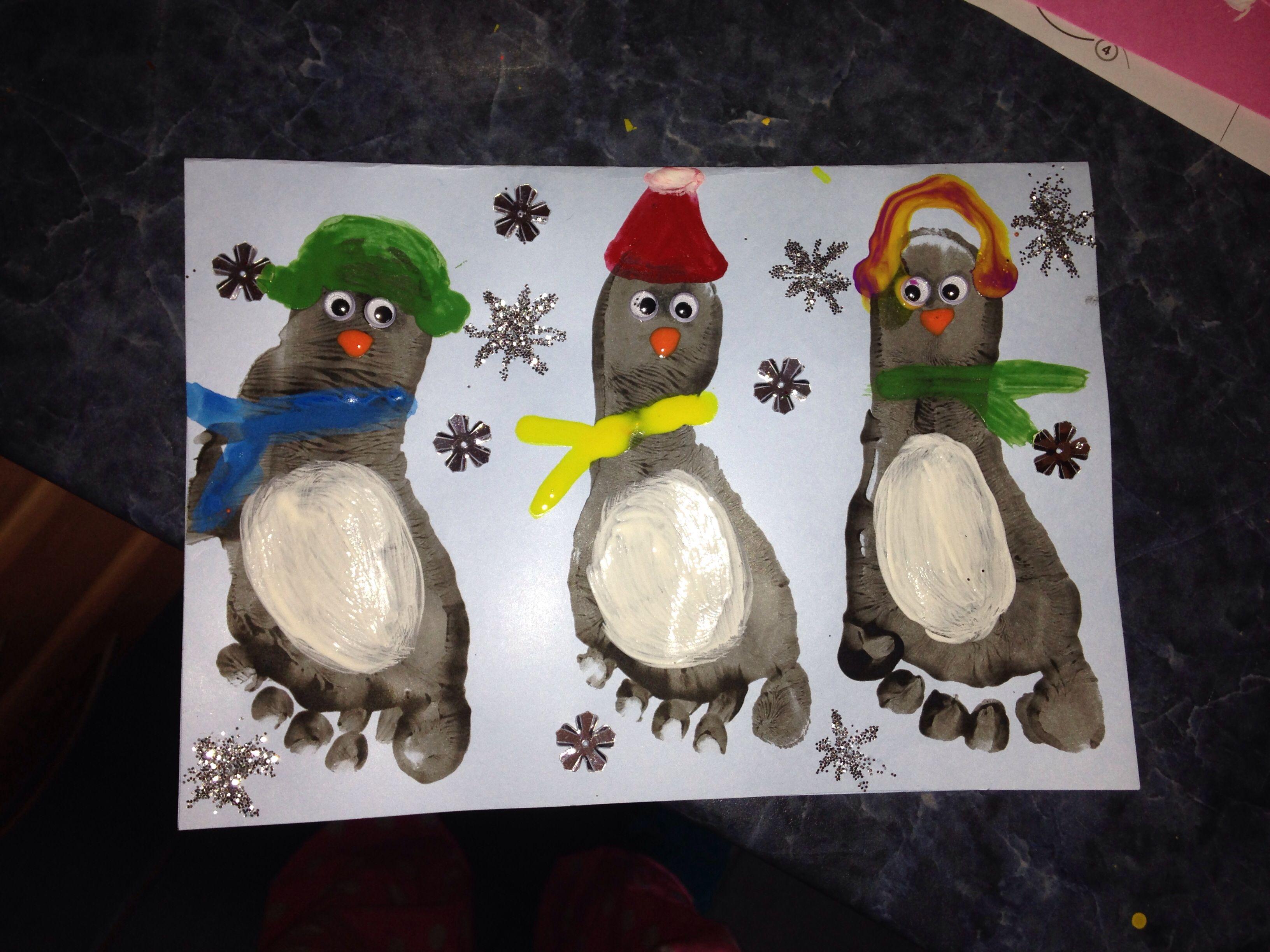Penguin Christmas Cards Footprint.Penguin Footprint Christmas Card Christmas Ideas