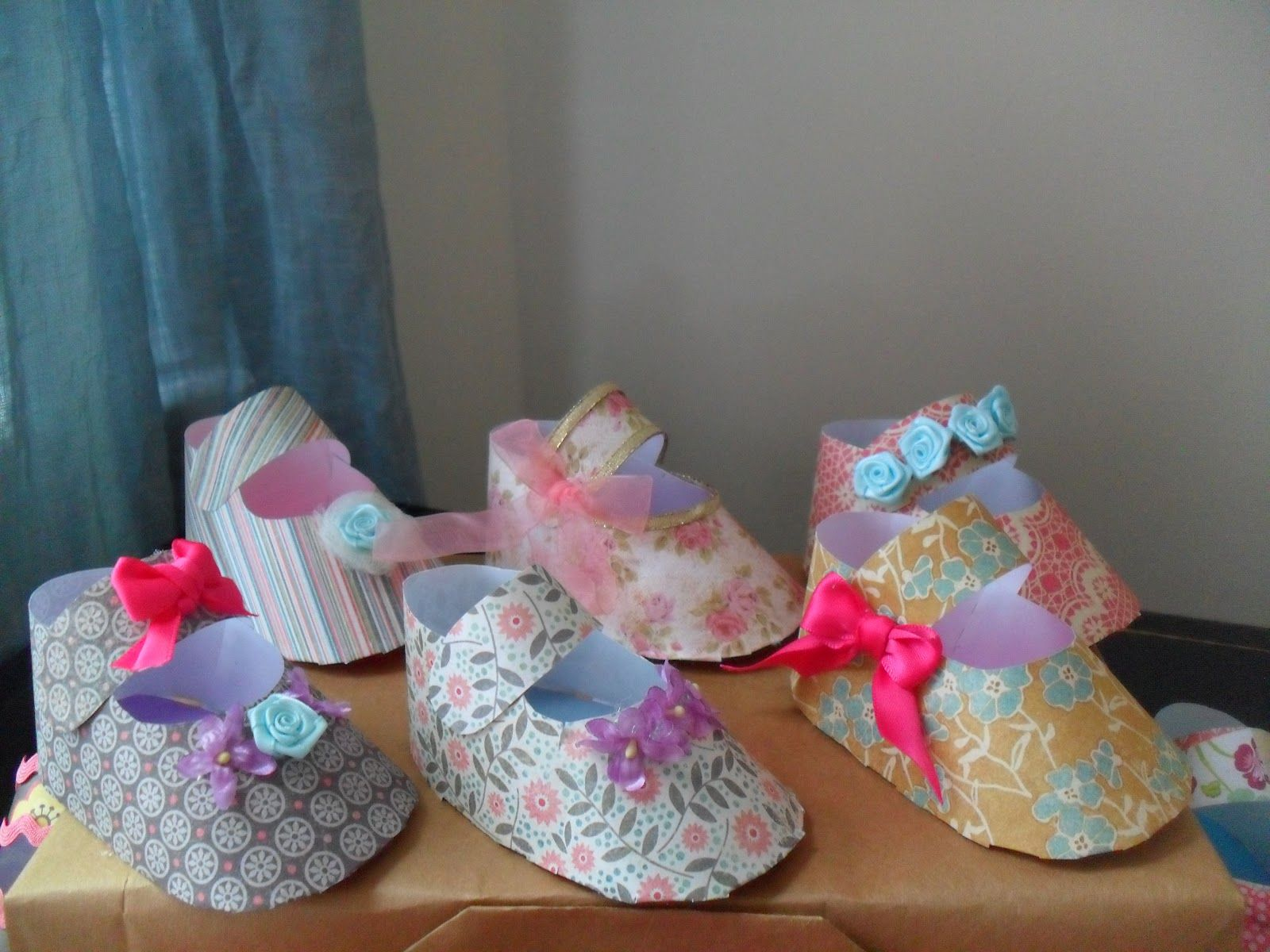Self made baby shower decorations lostmama shabby chic baby self made baby shower decorations lostmama shabby chic baby bootie favors tutorial solutioingenieria Image collections