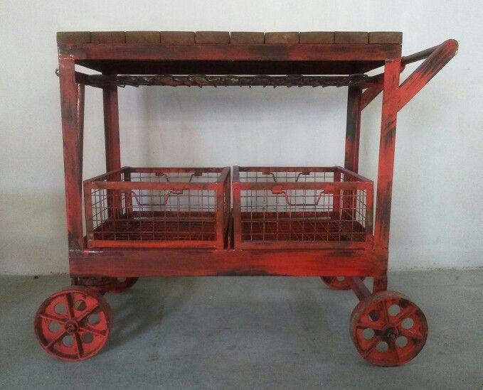 Carro industrial estilo vintage muebles para escaparates franquicias - Desvan vintage ...