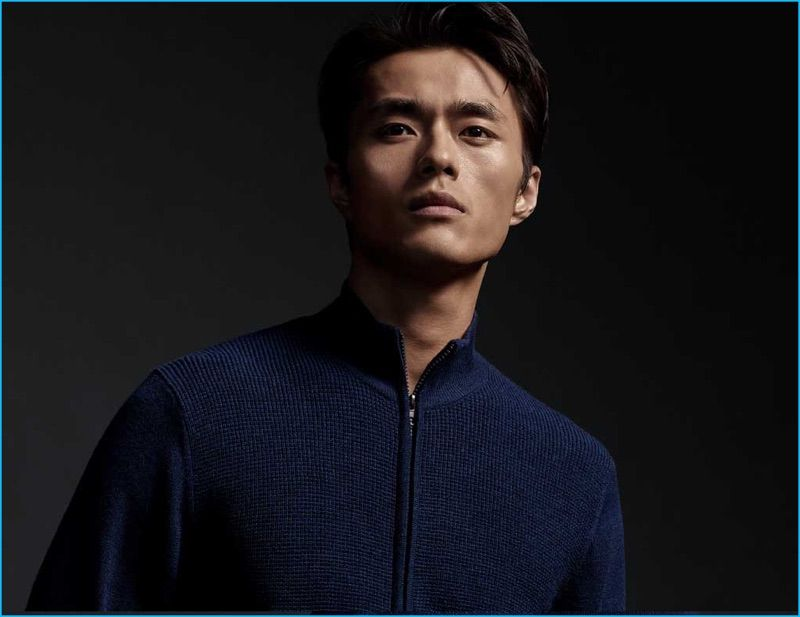 Zachary Prell enlists Zhao Lei for its fall-winter 2016 lookbook, featuring a navy zip-through sweater.