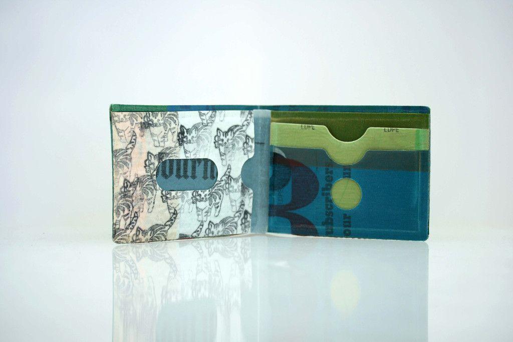 Providence Plastic // Recicled plastic & unique wallet
