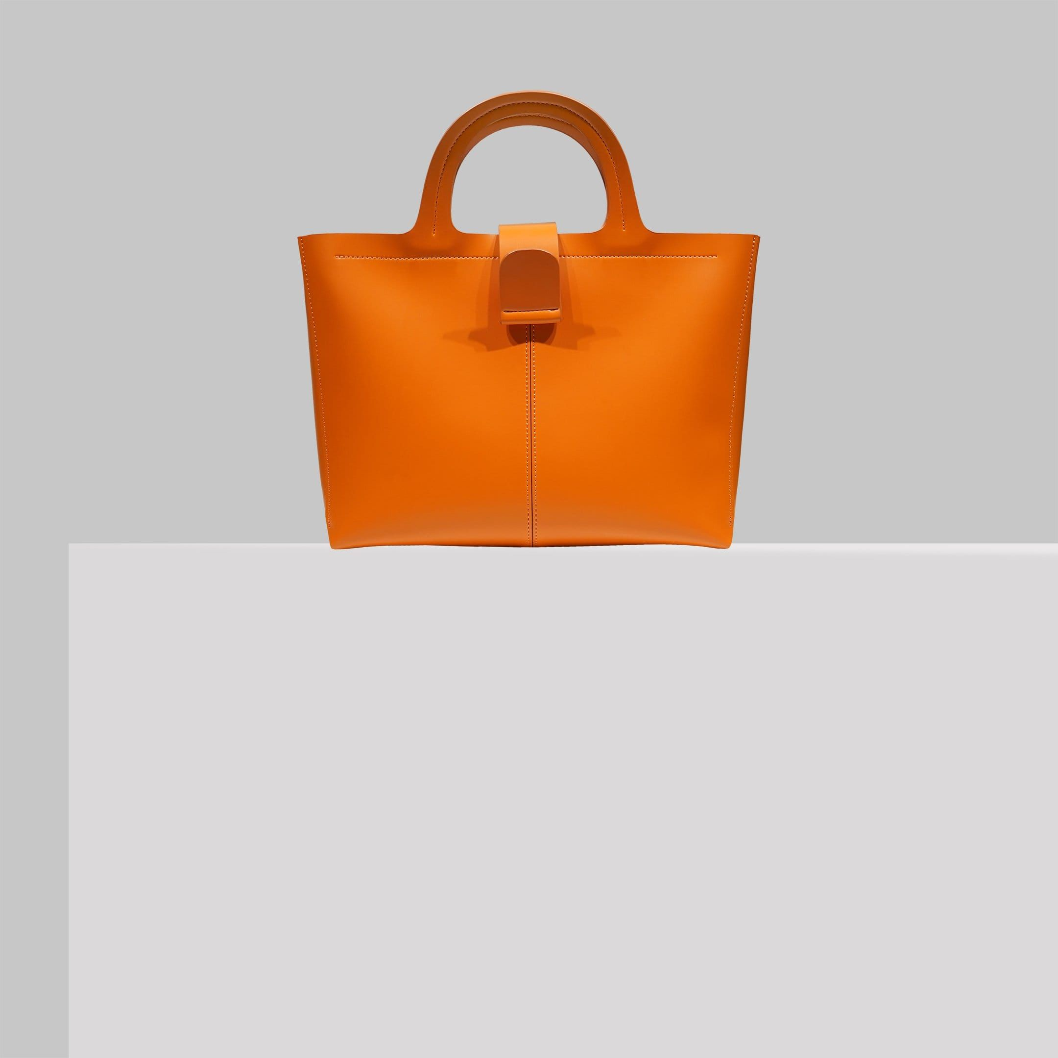 Expressions Nyc Sustainable Vegan Leather Bags On Renoon In 2020 Vegan Leather Bag Sustainable Accessories Sustainable Fashion